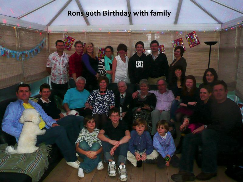Ron-Jones-entire-family-1