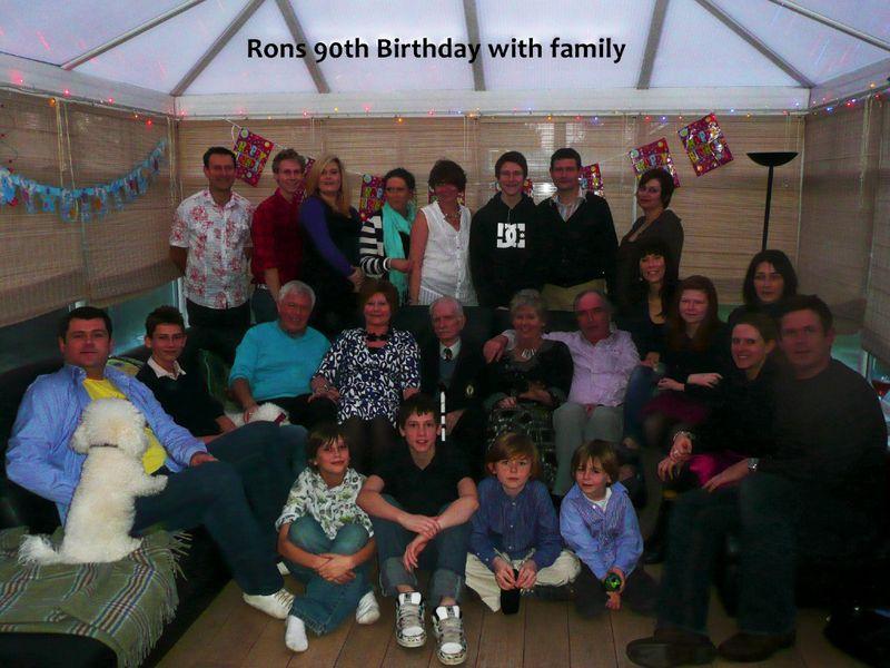 Ron-Jones-entire-family-1