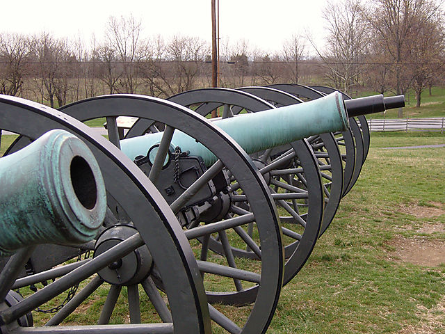 cannons line up...